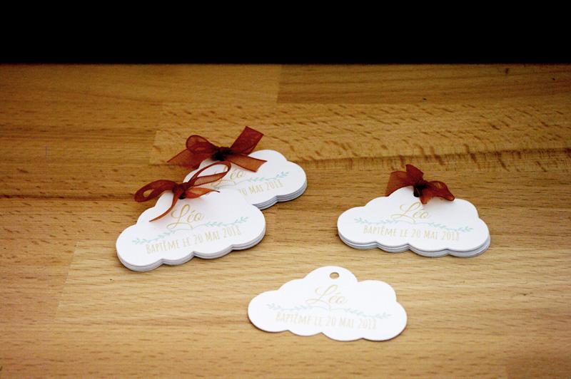Étiquettes personnalisées nuage Baptême de Léo